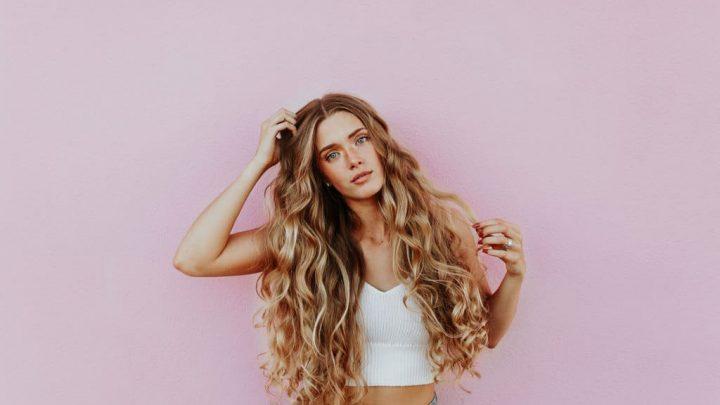Sweet & Flirty: Victoria's Secret Love Pink Perfume EDP Review