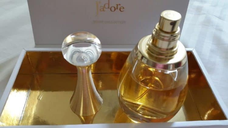 Jadore-Perfumes-by-Christian-Dior