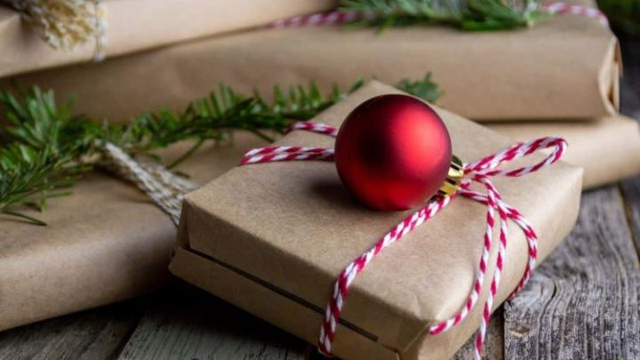 10 Best Perfumes and Colognes for Christmas Gifts