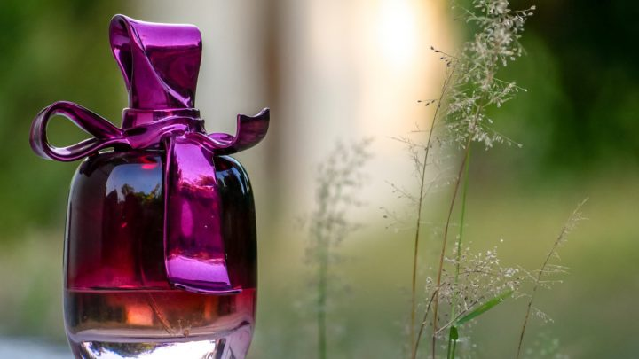 nina ricci bottle