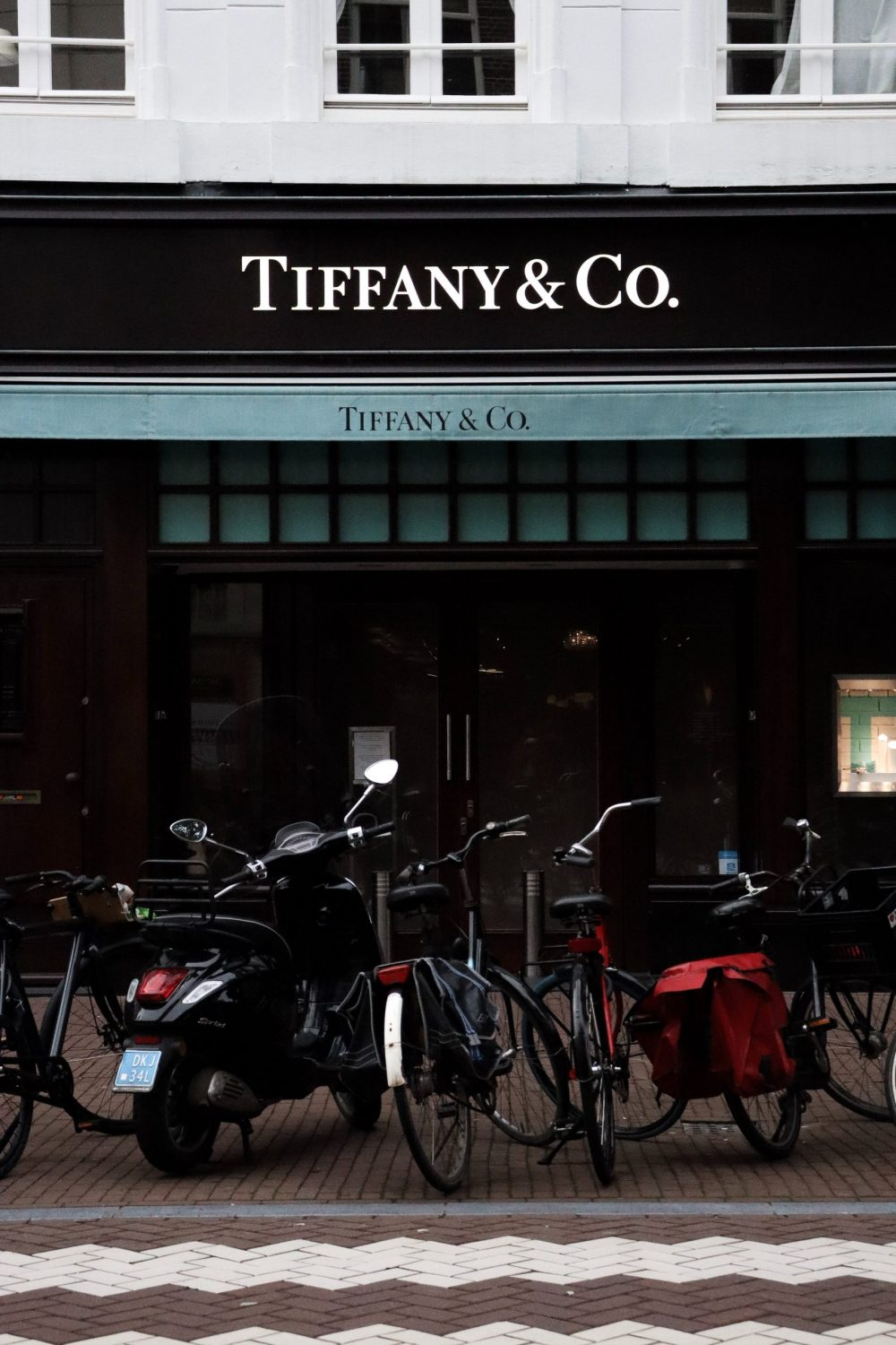 tifffany & co. store